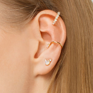 Ear Cuff With Moonstone and cubical zirkonia