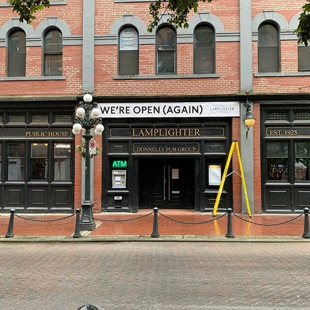 We're open (AGAIN)! @ballyhoo_pub  @cinemapub  @lamplighter_pub  @thethreebrits  @donnellygroup  #banner #banners #donnellygroup #vancouver #downtownvancouver #print #install #printing #covid19