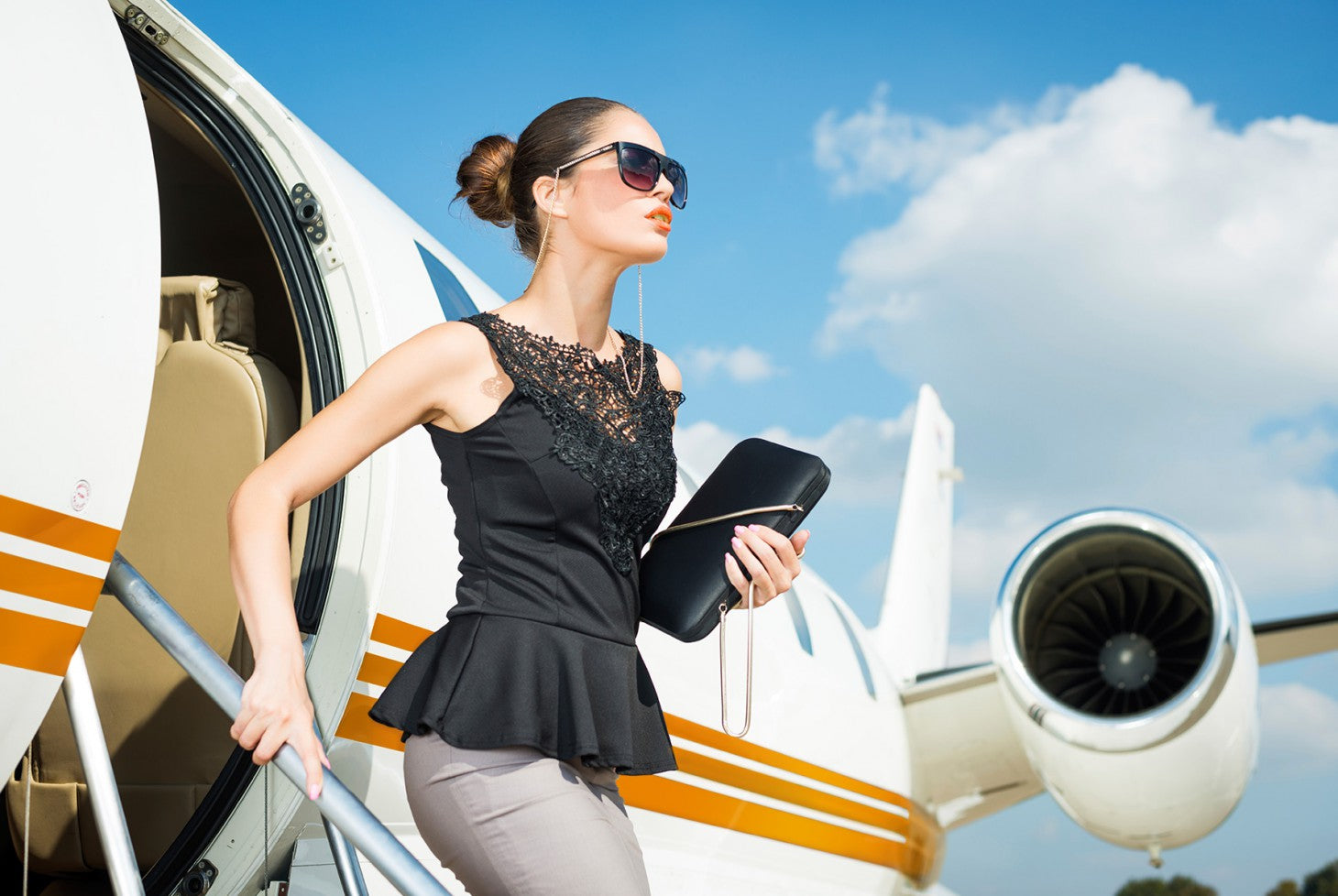 The Jetsetter's 2-Step Guide to Anti-Aging