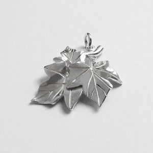 Christmas Ivy Leaves Charm Sterling Silver Pendant