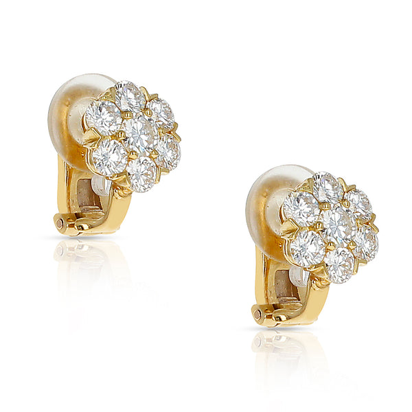Van Cleef & Arpels 1.50 carats Round Diamond Fleurette Earrings, 18K Yellow Gold