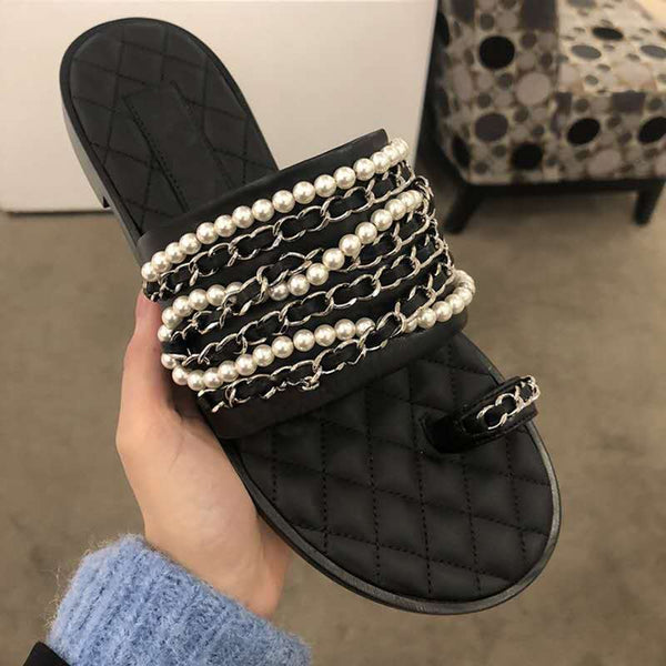 Elegant Pearl with Chain Link Slip On Sandal