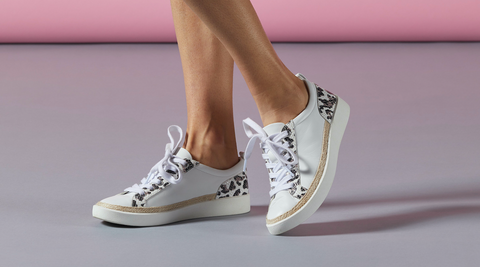 Vionic Sneaker Style called Winny with Leopard Print