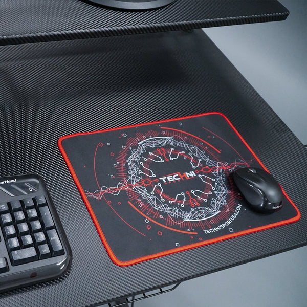 Ultimate Circuit mouse pad Red - Lifestyle