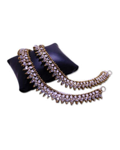 Antique Style Golden & White Metal Anklet For Women - Paksa Pk
