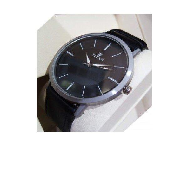 TITAN Leather Strap Analog Watch for Men Black - Paksa Pk