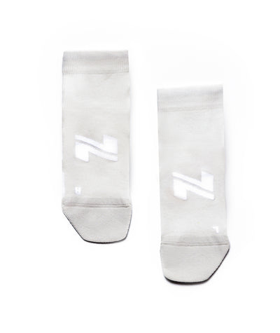 light grey performance-training-socks-mid
