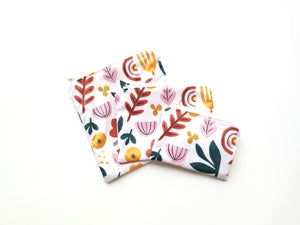 Mod Floral [Recycled Waterbottle Material] Reusable Food Safe Pouch