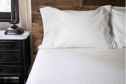 SHEET SET - DOTS (NAVY)