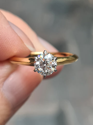 6 claw diamond setting