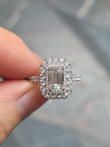 Halo diamond ring setting