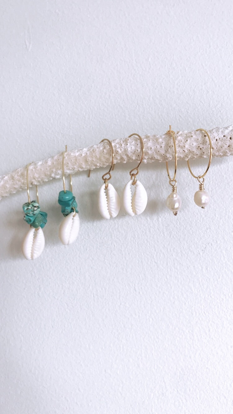Simple shell Ear wires