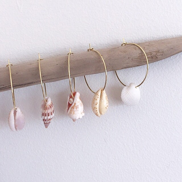 Simple shell hoops