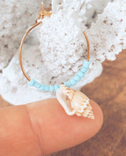 Load image into Gallery viewer, Glass beads & Shell hoops