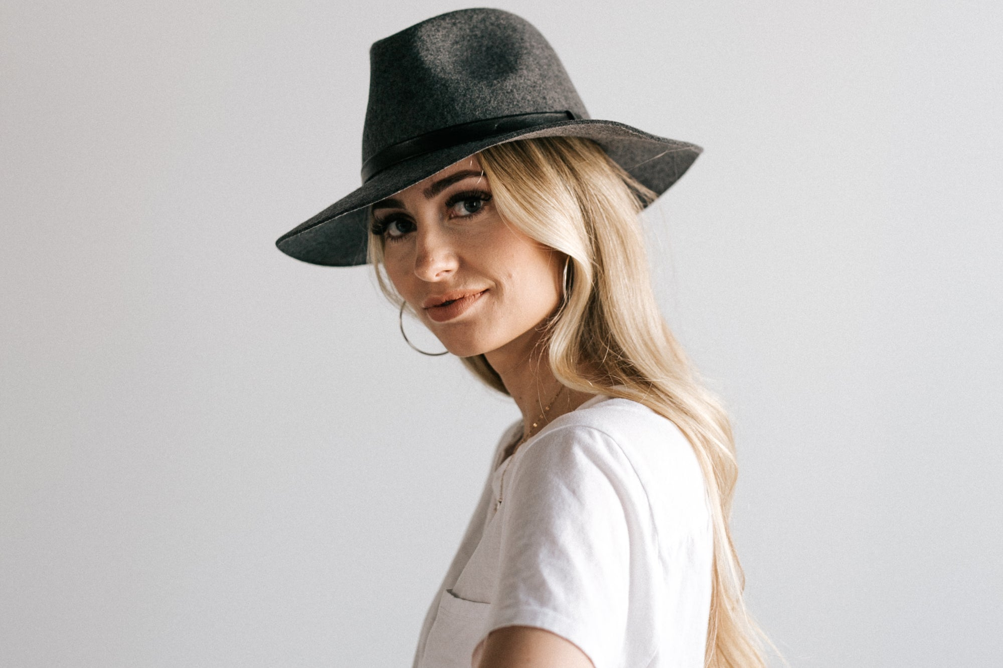 5 Reasons to Become a Hat Person