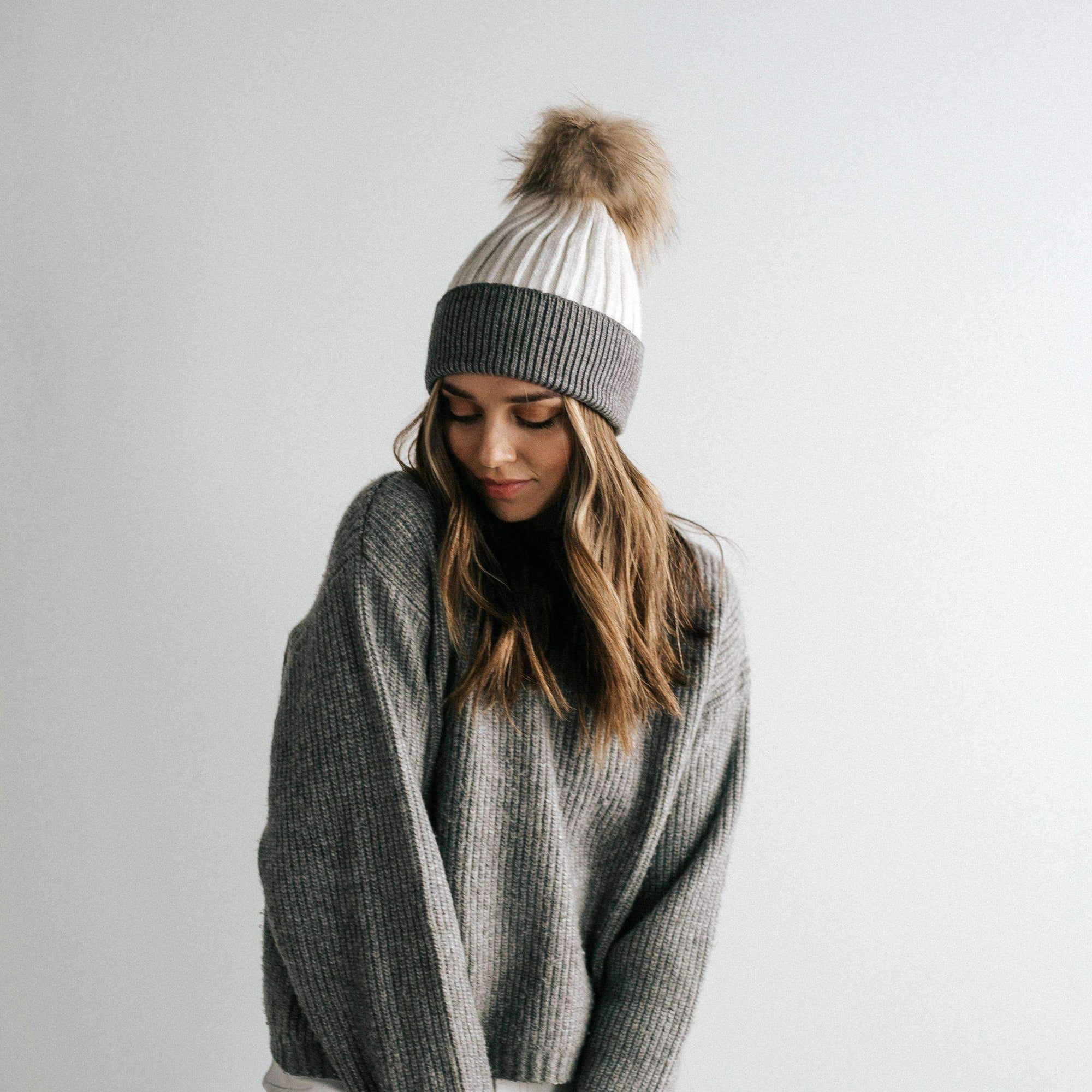 Dann Beanie - White and Grey