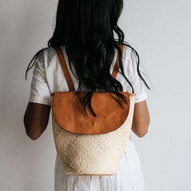 GIGI PIP Hats for Women- Stella - Natural backpack with leather trim-Bag