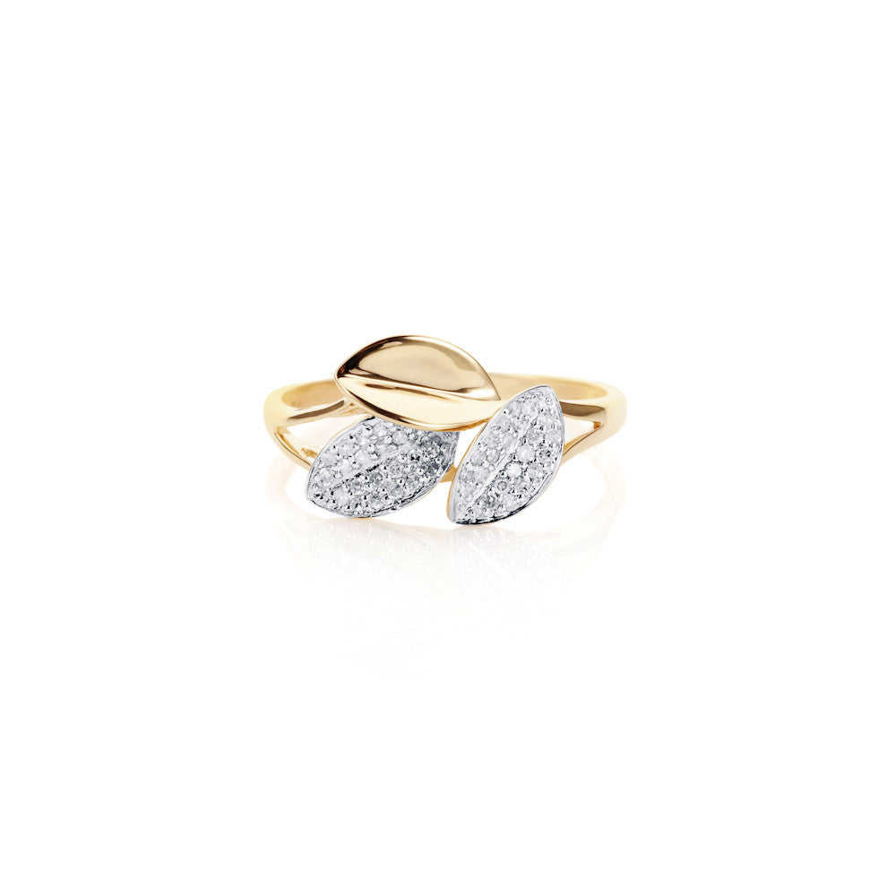 Dew Fallen Diamond Leaf Ring