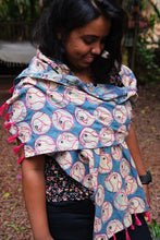 Load image into Gallery viewer, Birdie Face Scarf-Blue