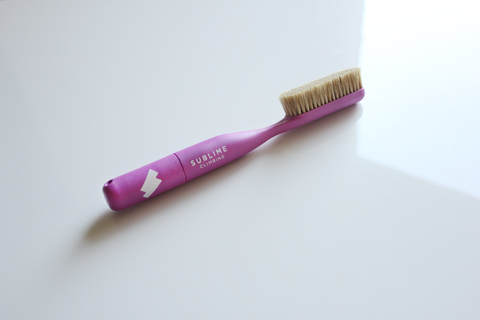 LUMINESCENT PINK - PREMIUM BOAR'S HAIR CLIMBING BRUSH