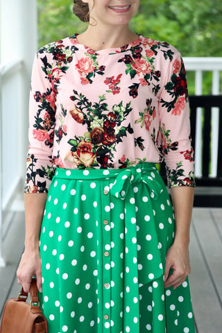 Betty Floral Top {M-XL}
