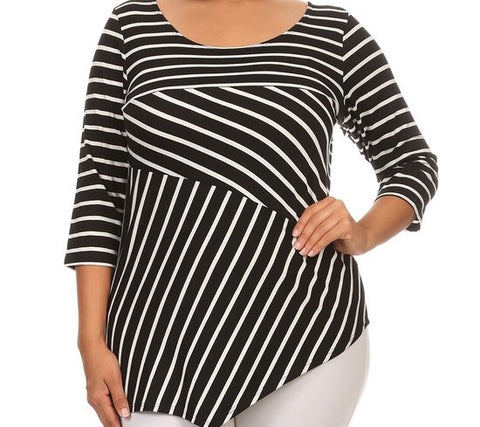 Everyday B&W Top {XL-3X}