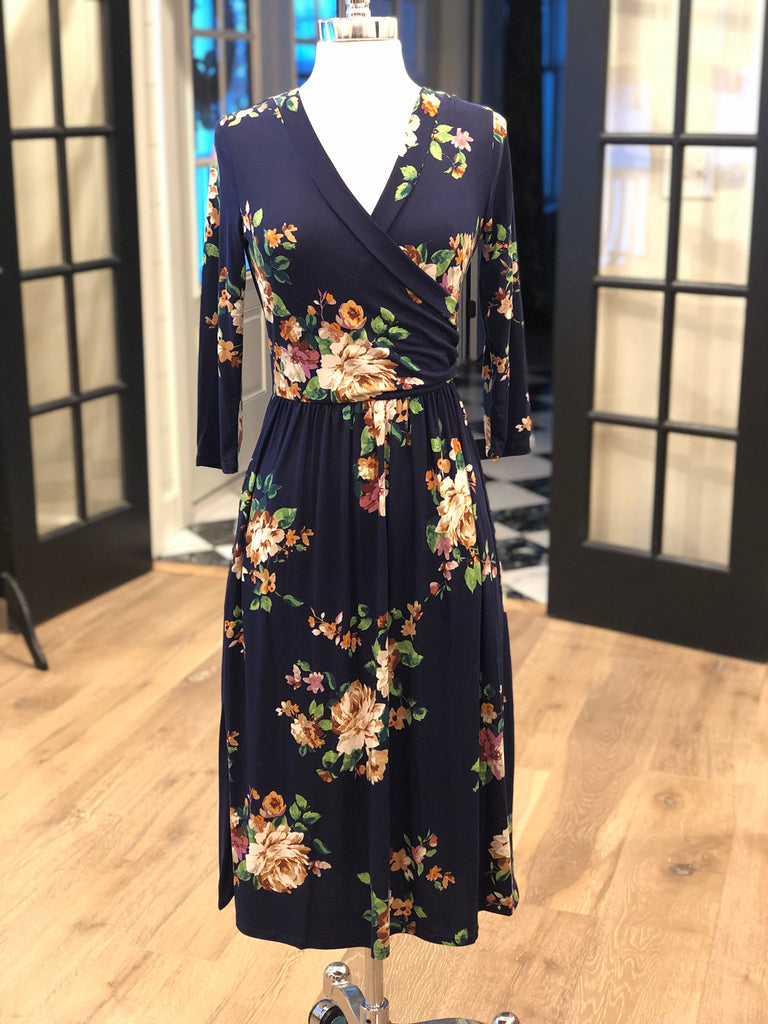 Jackie Navy Floral Dress (S-XL)