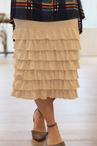 Skirt Extender in Cream {S-2X}