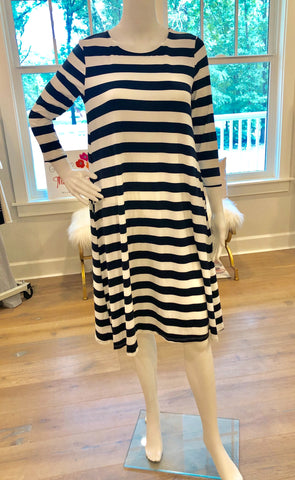 Everyday Stripe Dress in NAVY & TAUPE {S-XL}