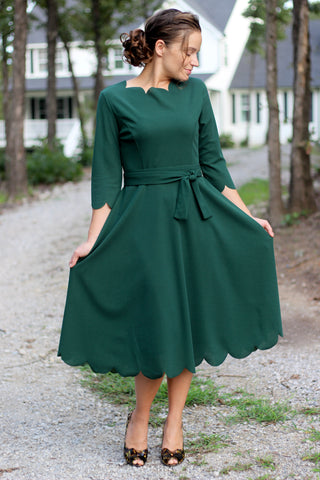 The Scallop Dress in Emerald (XS-L)