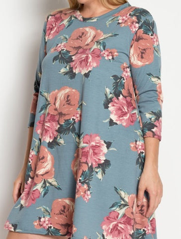Blue Floral Top {XL-3X}