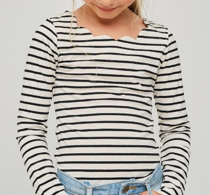 Girls Scalloped Top - White (7/8-13/14)
