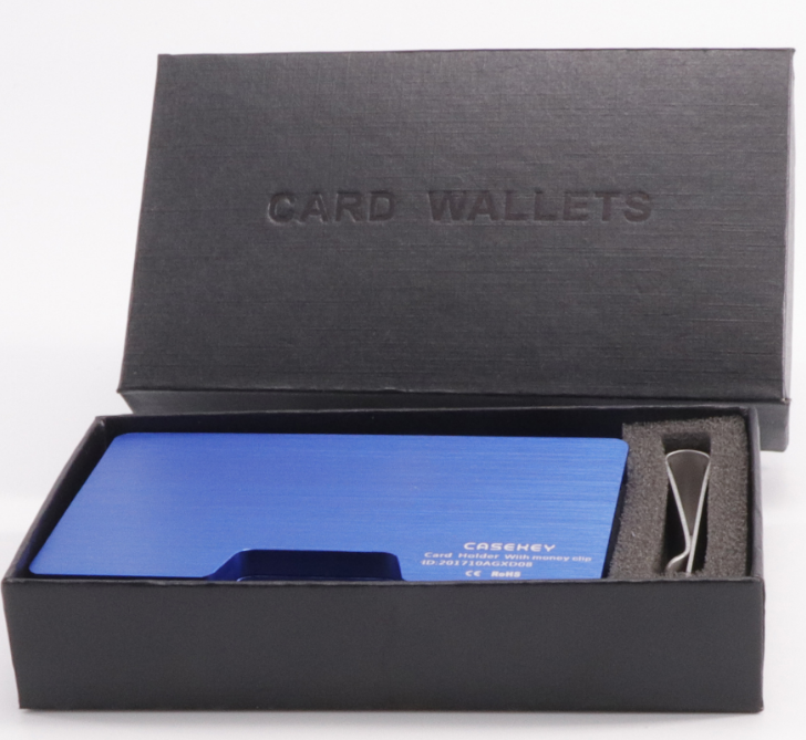 Metal multi-function wallet