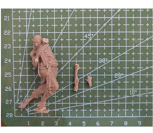 Zombie - stand fantasy man Resin miniature