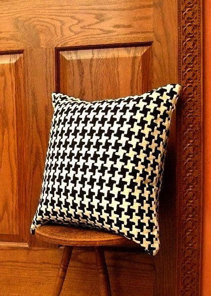 Black and Ivory Houndstooth Pillow