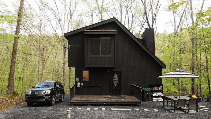 Unique Pennsylvania Mountain Getaway is Decked Out Entirely in Black