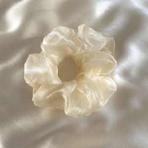 Anisa Sojka White Oversized Hair Scrunchie