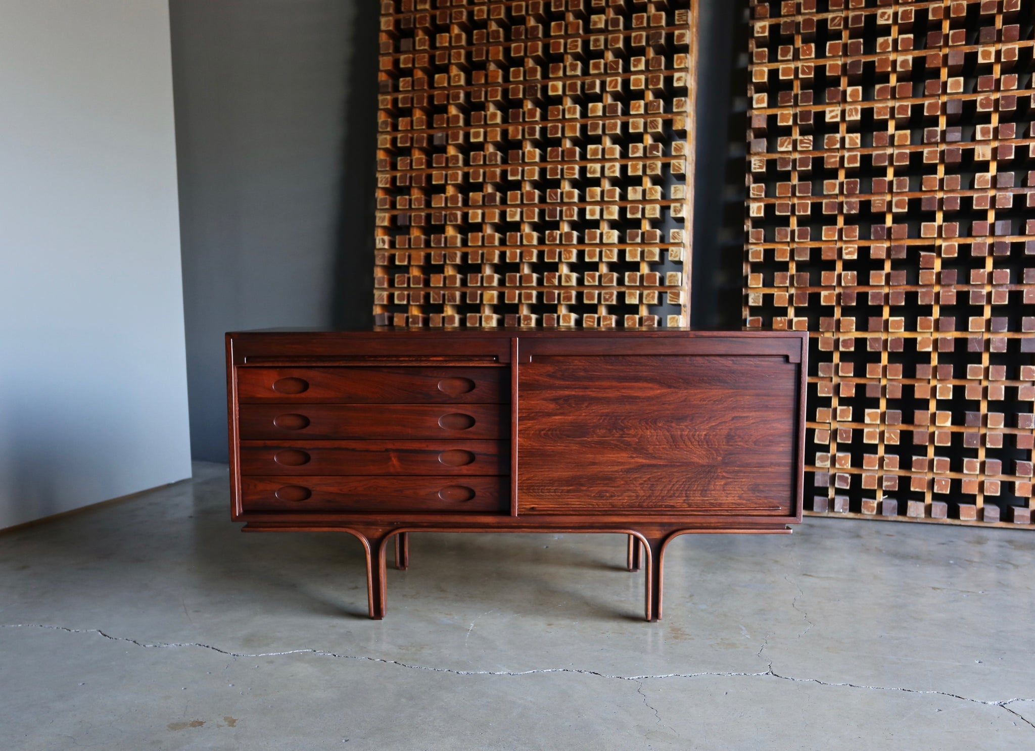 Gianfranco Frattini Tambour Door Jacaranda Credenza for Bernini, circa 1957