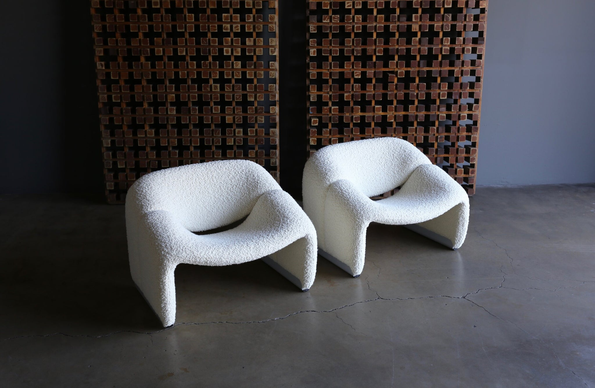 = SOLD = Pierre Paulin F598 Groovy Lounge Chairs for Artifort, circa 1972
