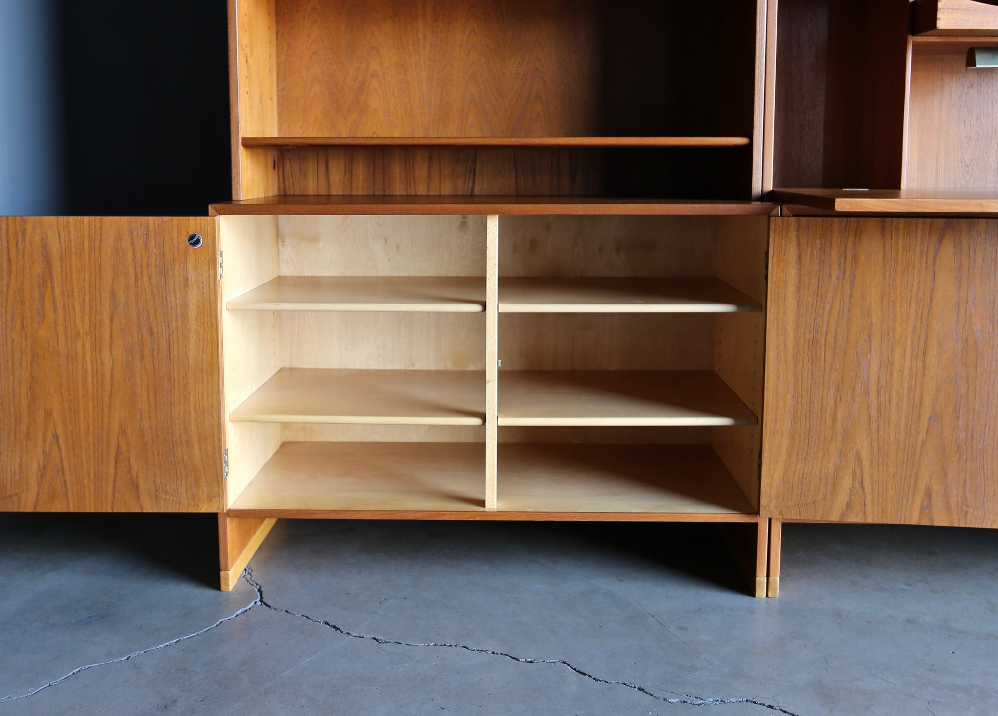 Hans J. Wegner Wall Unit for Ry Møbler, circa 1960