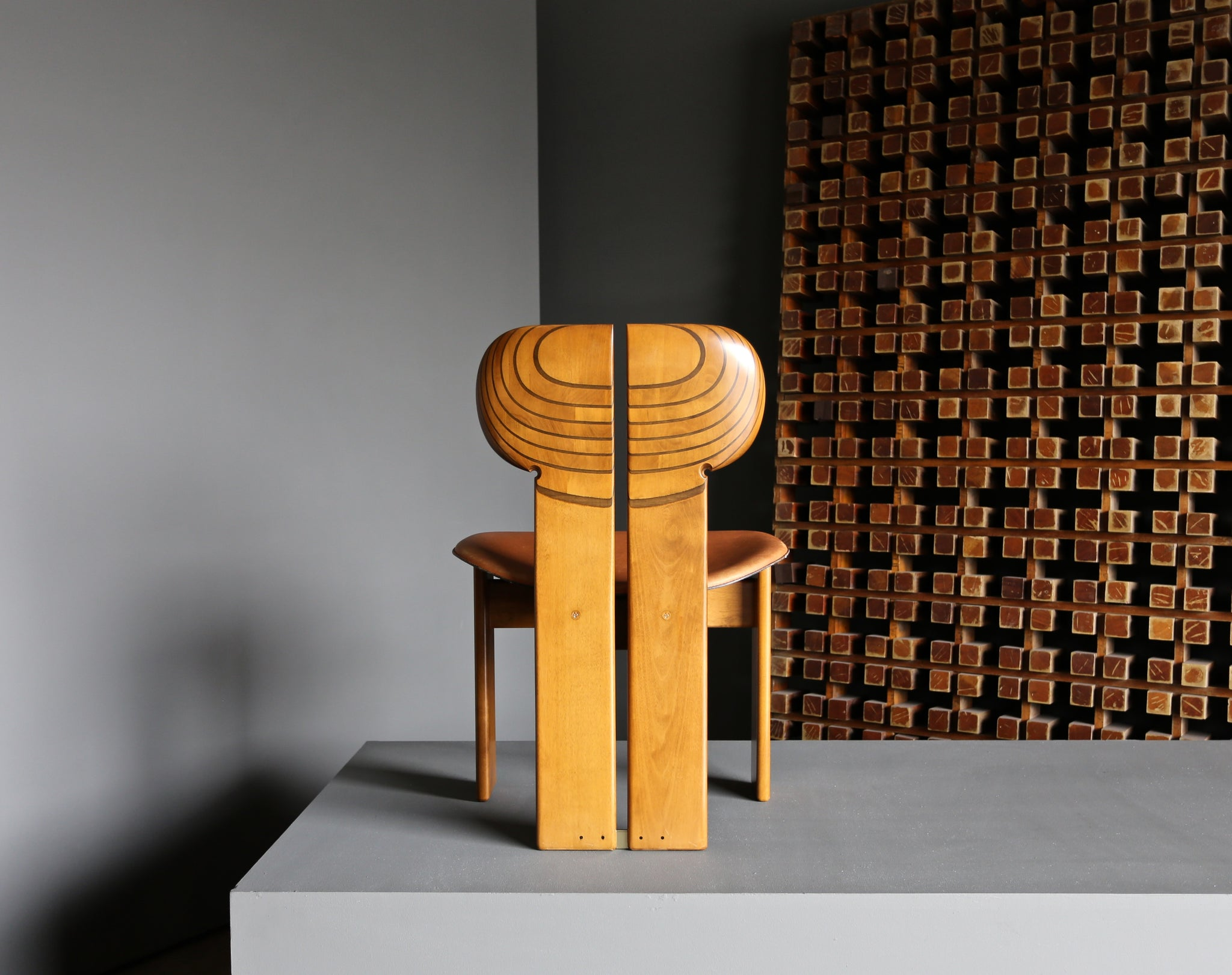 "Afra & Tobia Scarpa ""Africa"" Dining Chairs for Maxalto circa 1975"