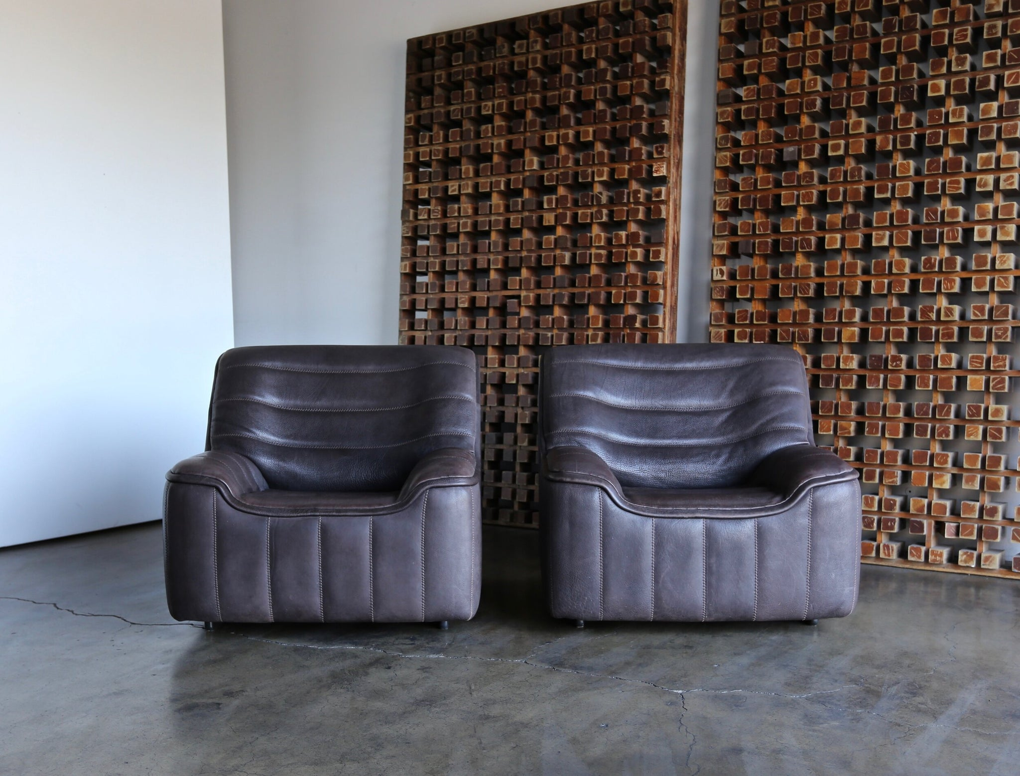 = SOLD = De Sede DS 84 Neck Leather Lounge Chairs Switzerland circa 1970