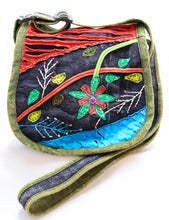 Load image into Gallery viewer, HANDMADE GREEN-TRIMMED CROSSBODY MESSENGER BAG