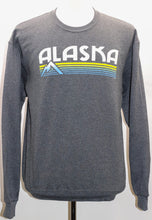 Load image into Gallery viewer, LEVELOR MOUNTAIN SWEATSHIRT