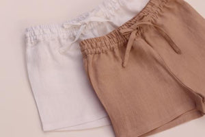 All Day Short in Linen