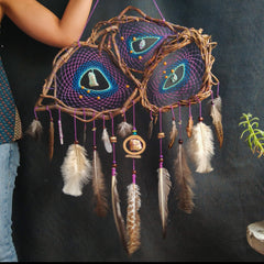 Raw gemstone Dreamcatcher purple, metaphysical Stones, spiritual rock dreamcatchers
