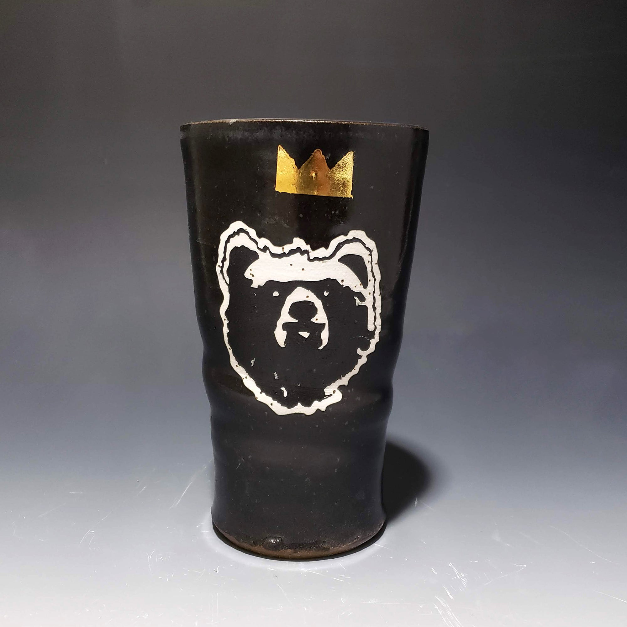 Bear Queen Pint