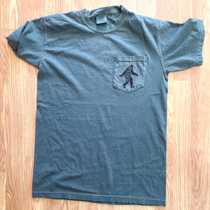 Elusive Squatch Forrest Green Pocket Short Sleeve