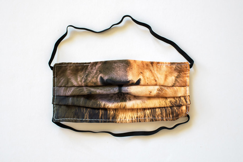 Pleated Lion Realistic - Maskcott