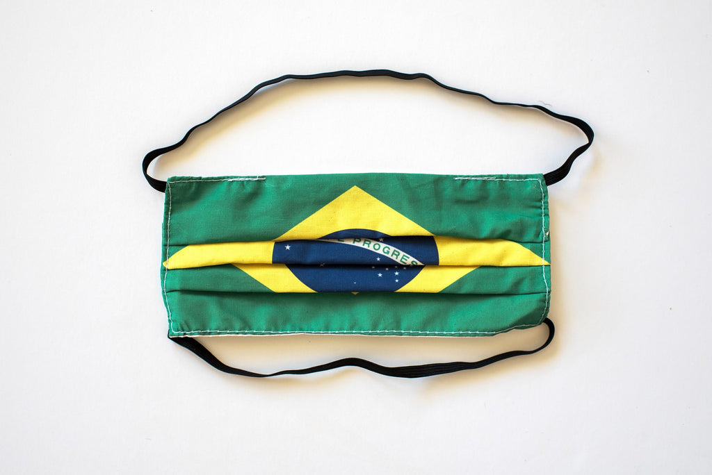 Pleated Brazil Flag - Maskcott
